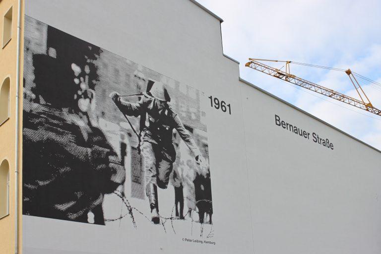 Wandgestaltung Gedenkstätte Berliner Mauer