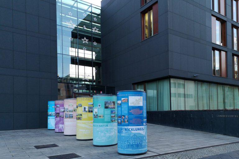 4. Ausstellung des Projektes »Stadt-Land gestalten. mach mit!« vom 03.12.2018 bis 11.12.2018 in der Landesvertretung Berlin