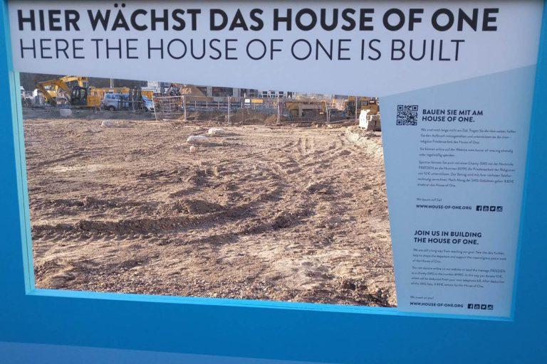 """Vernissage der Ausstellung """"House of One – ein Berliner Friedensprojekt für die Welt"""" am 21.01.2020"""